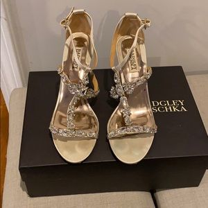Badgley Mischka Melissa Wedge